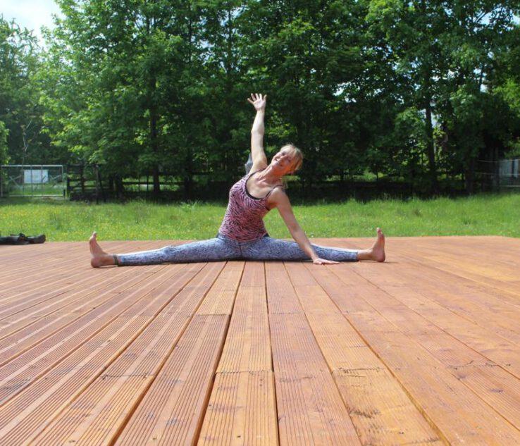 Outdoor Yoga Brühl